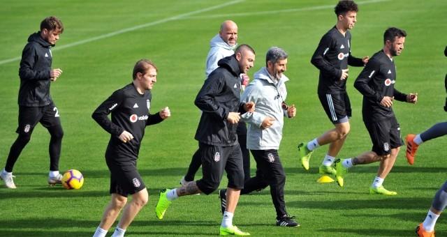 Beşiktaş'ta Burak Yılmaz İlk İdmanına Çıktı
