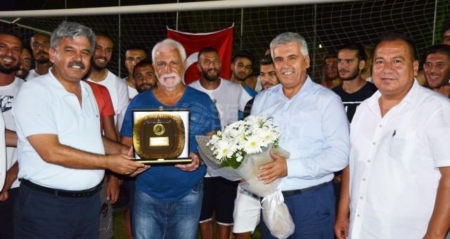 Çalık'tan Mehmet Şansal'a teşekkür plaketi