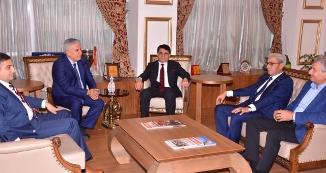 Yusuf Mecek, Başkan Ramazan Çalık'ı Ziyaret Etti