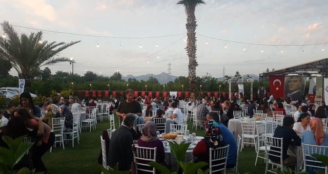 Serik Türk Eğitim Sen. İftar Yemeğine Büyük Katılım