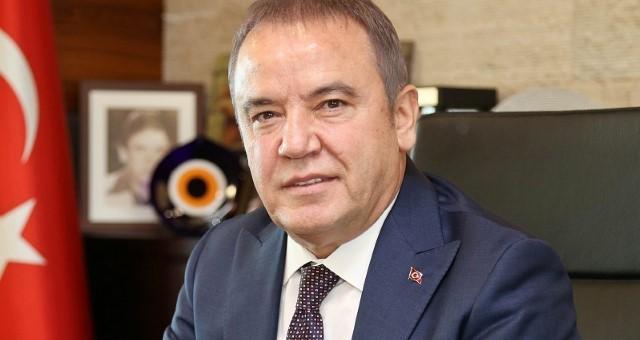 Antalya'da Kazanan Başkanların Özgeçmişleri