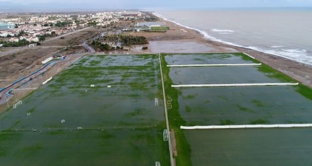 Serik'te Sağanak Sonrası Tarım Alanları Ve Kamp Sahalarını Su Bastı