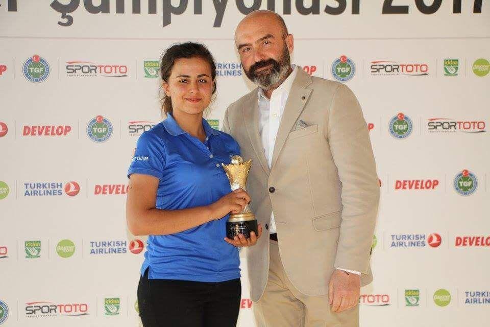Golf'te; Atatürk Anadolu Lisesinden Türkiye Birincisi