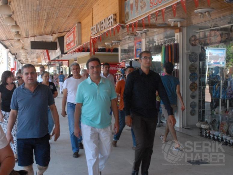 Budak 'Şimdi Türkiye Avrupa'da aynen Suriye gibi görünüyor'