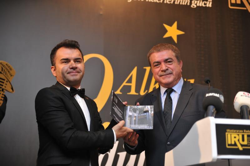 BYEGM Genel Müdürü Mehmet Akarca'ya 15 Temmuz Basın Ödülü