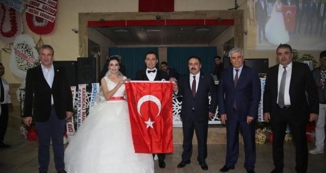 Ayşe Tuğçe ile Ahmet Ali Dünya Evine Girdi