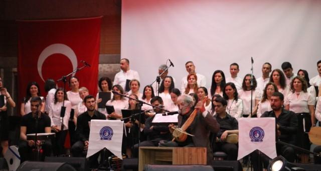 Serküder Türk Halk Müziği Korosu İzleyicileriyle Buluştu