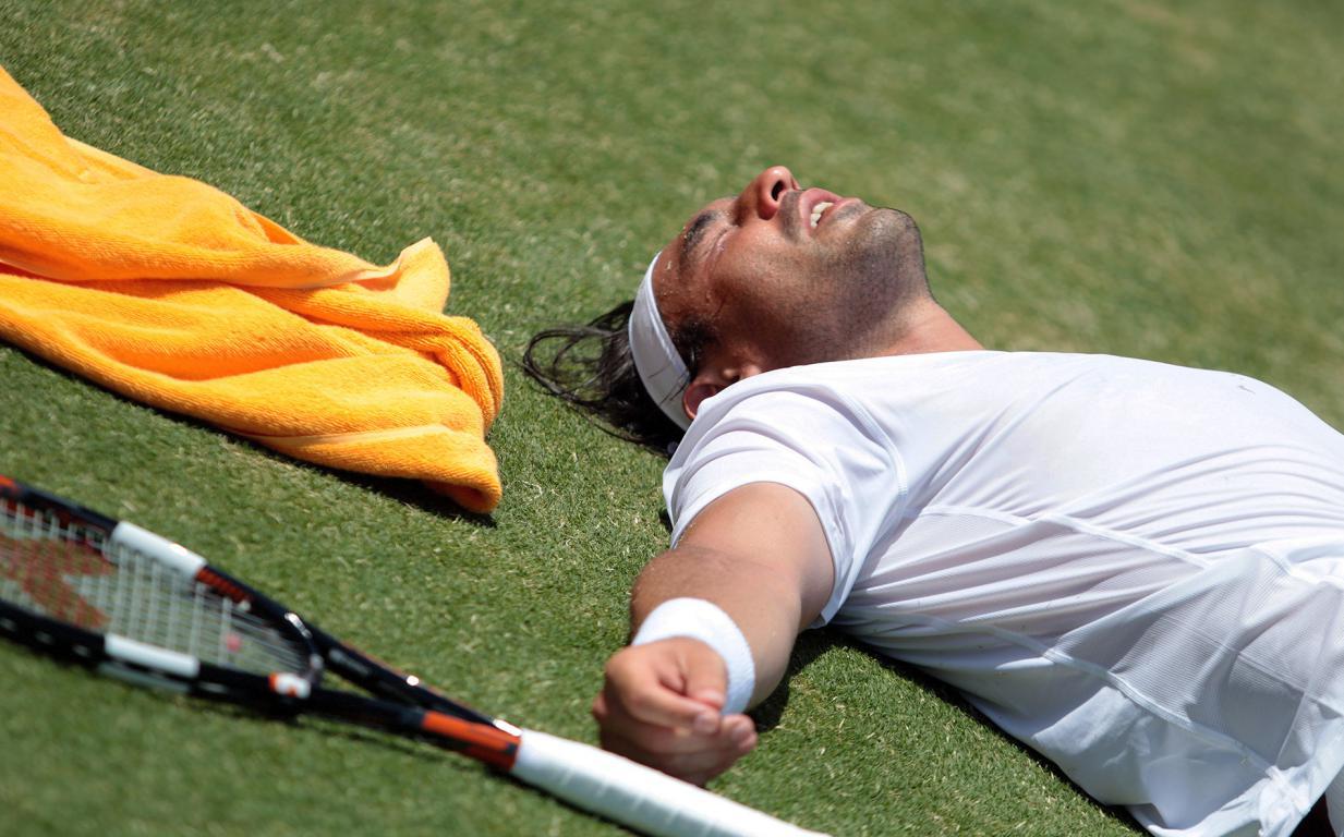 Antalya'nın Sıcağı Tenisçiyi bayılttı