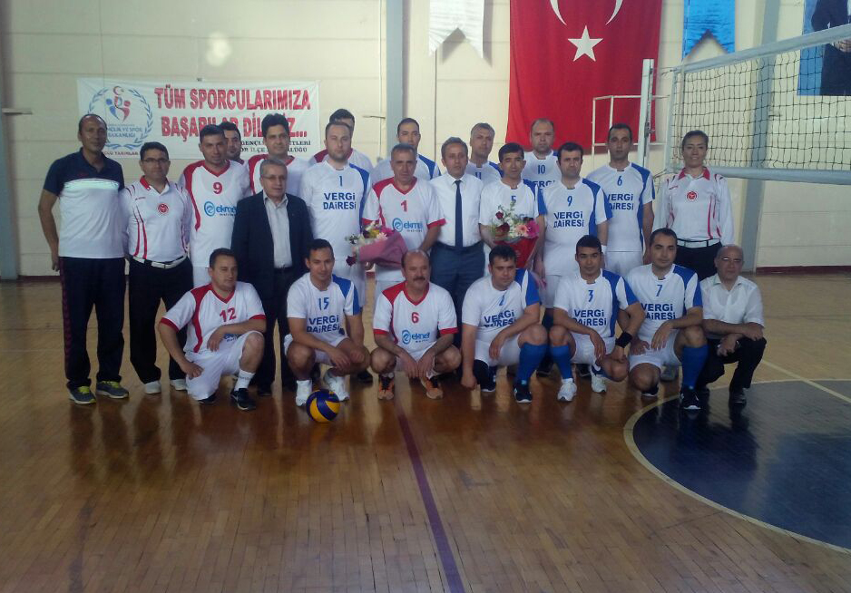 8. Geleneksel Voleybol Turnuvası başladı