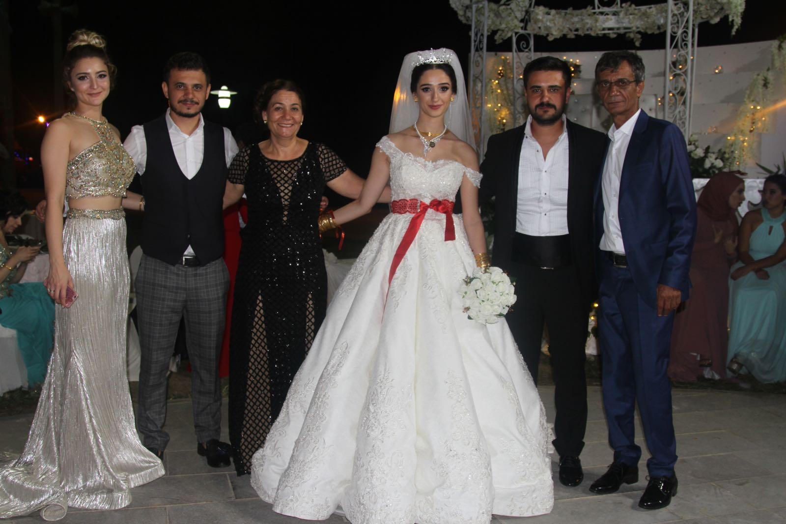 Hafize Gül & Coşkun Rüya Gibi Bir Düğünle Evlendi