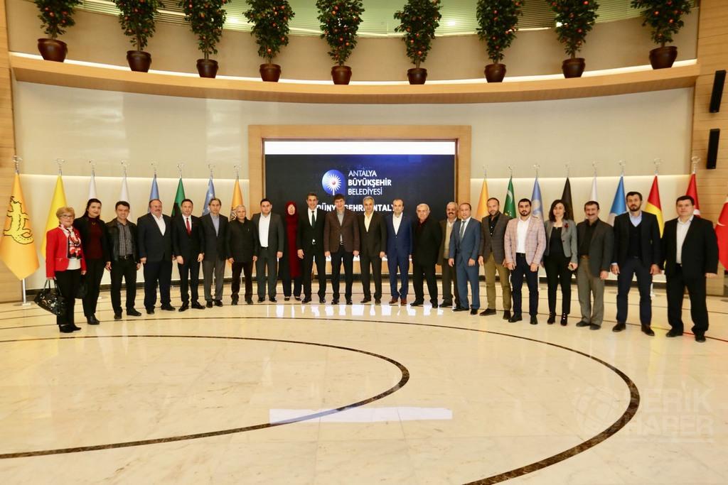 Ak Parti Serik Teşkilatı Başkan Türel'i Ziyaret Etti