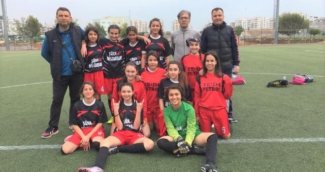 Serik'in Yıldız Kızları Antalya Şampiyonu Oldular