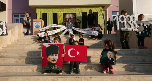 Akçaalan'da Atatürk Haftası