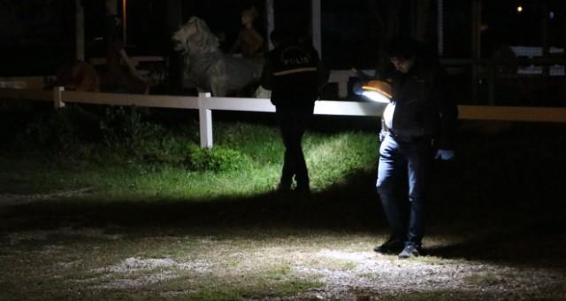 Muratpaşa'da Tartıştığı Kişiyi Göğsünden Bıçakladı