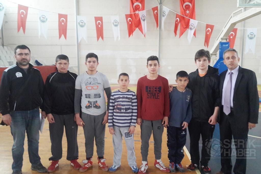 Güreşçimiz Rüstem Resul Öter Türkiye Şampiyonasında
