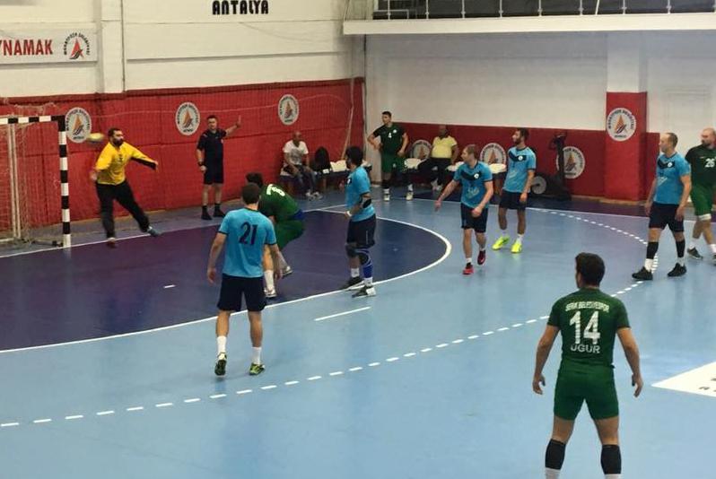 Serik Belediye SK Hentbol takımı Galibiyetlere devam ediyor