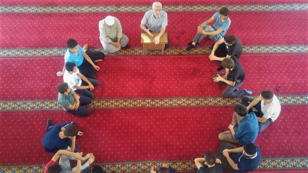 Gençler İtikaf'a Girdi