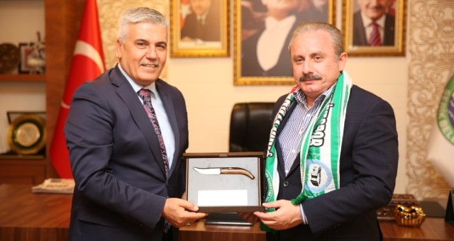Mustafa Şentop Çalık'ı Makamında Ziyaret Etti