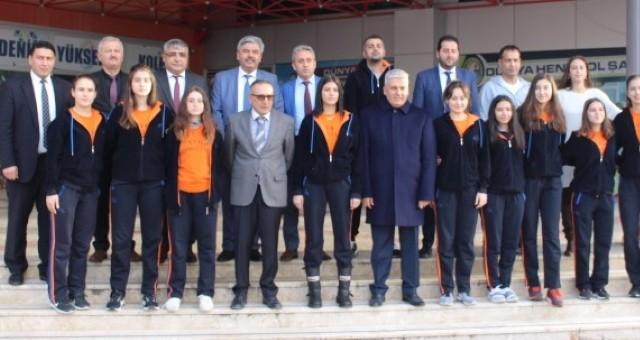 Şampiyon Akdeniz Yükseliş Koleji