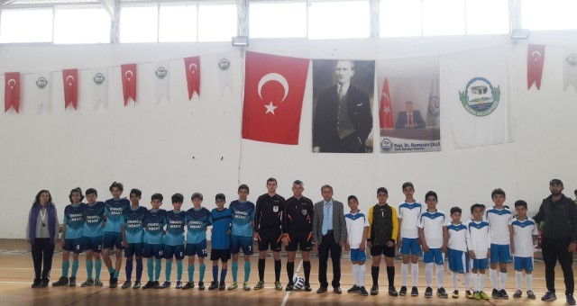 Okul Sporları Futsal Başladı