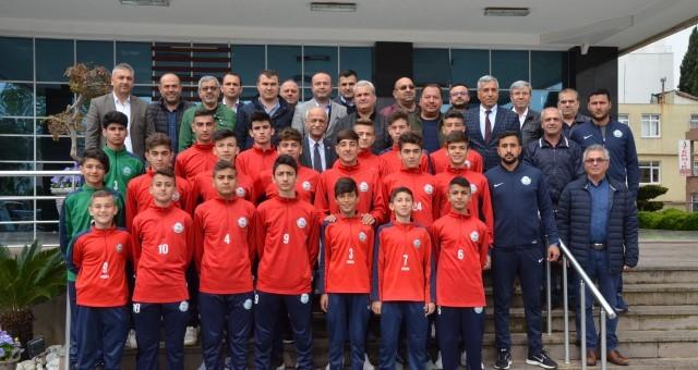 Serik'in Gençleri Türkiye Şampiyonası'na Uğurlandı