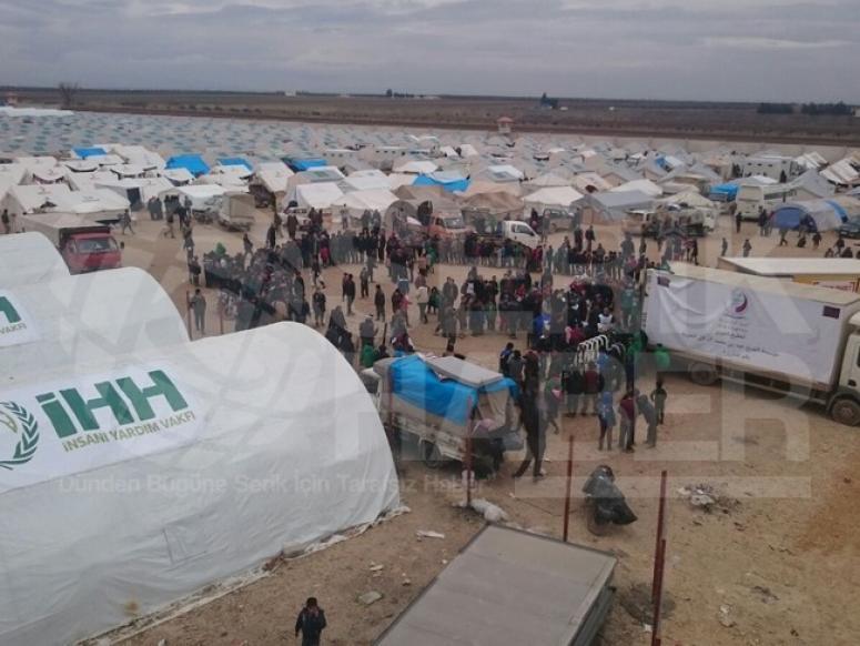 İyak Suriyeli Sığınmacıların Yardımına Koştu