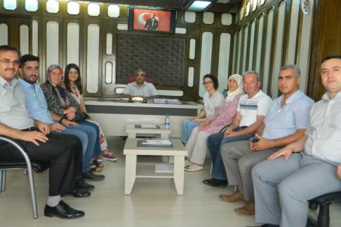 Atatürk Anadolu Lisesi Mezunu öğrenciler Milli Eğitim Müdürünü Ziyaret etti