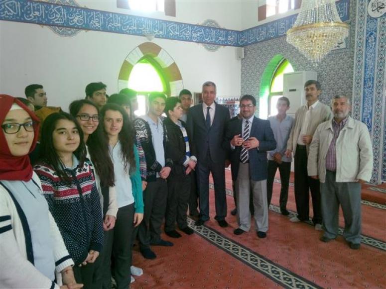 Öğrencilerden Cami Ziyareti