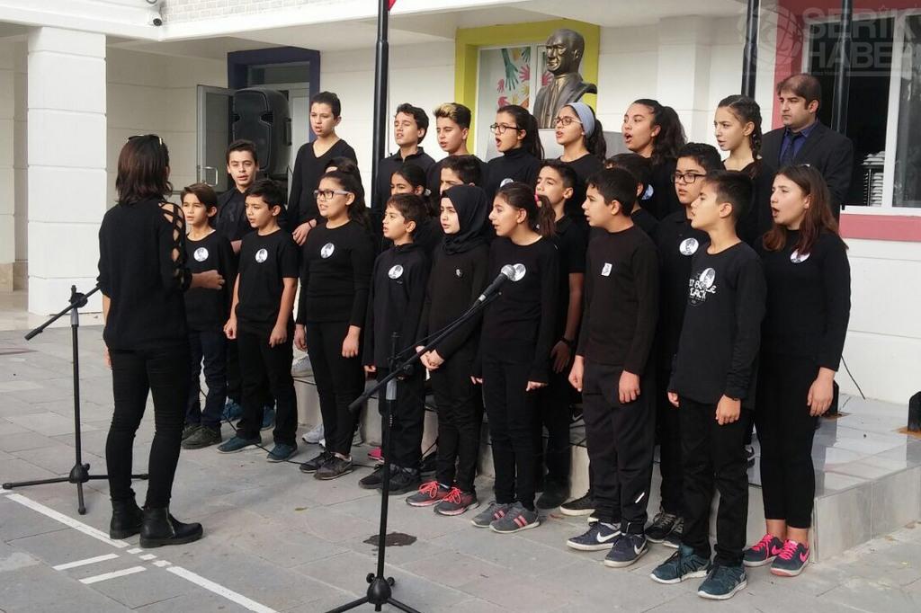Yedisulu Öğrenciler Atatürk'ü Anılarıyla Andı
