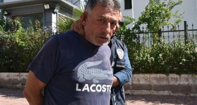 Muratpaşa'da Sevgilisini Oğlunun Gözü Önünde Öldüren Sanığa Müebbet Hapis