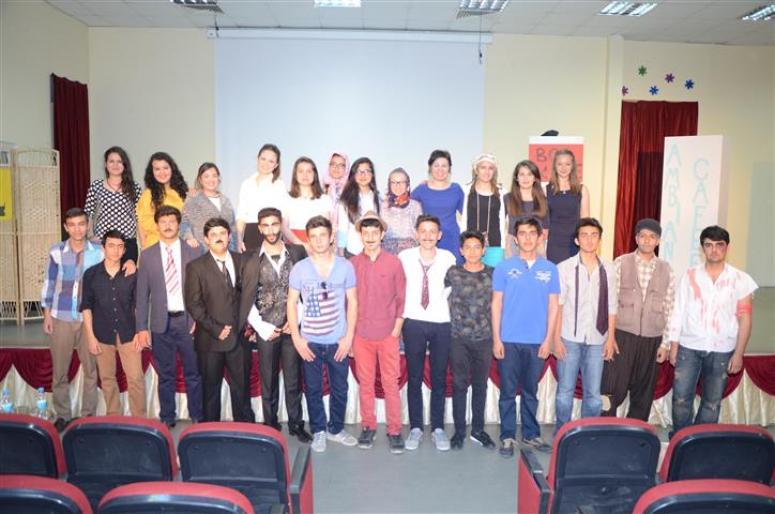 Anadolu'da Tiyatro Geleneği Devam Ediyor