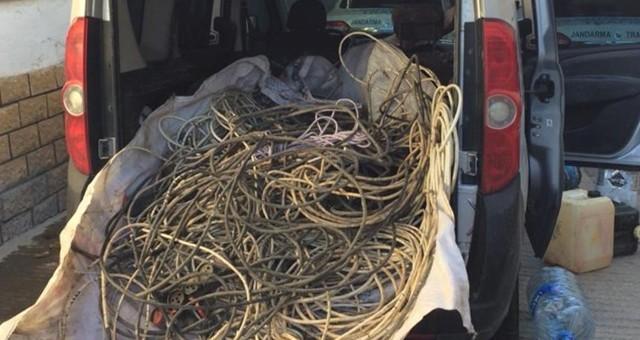Serik'ten Çaldıkları Kablolar ile Korkuteli'nde Yakalandılar