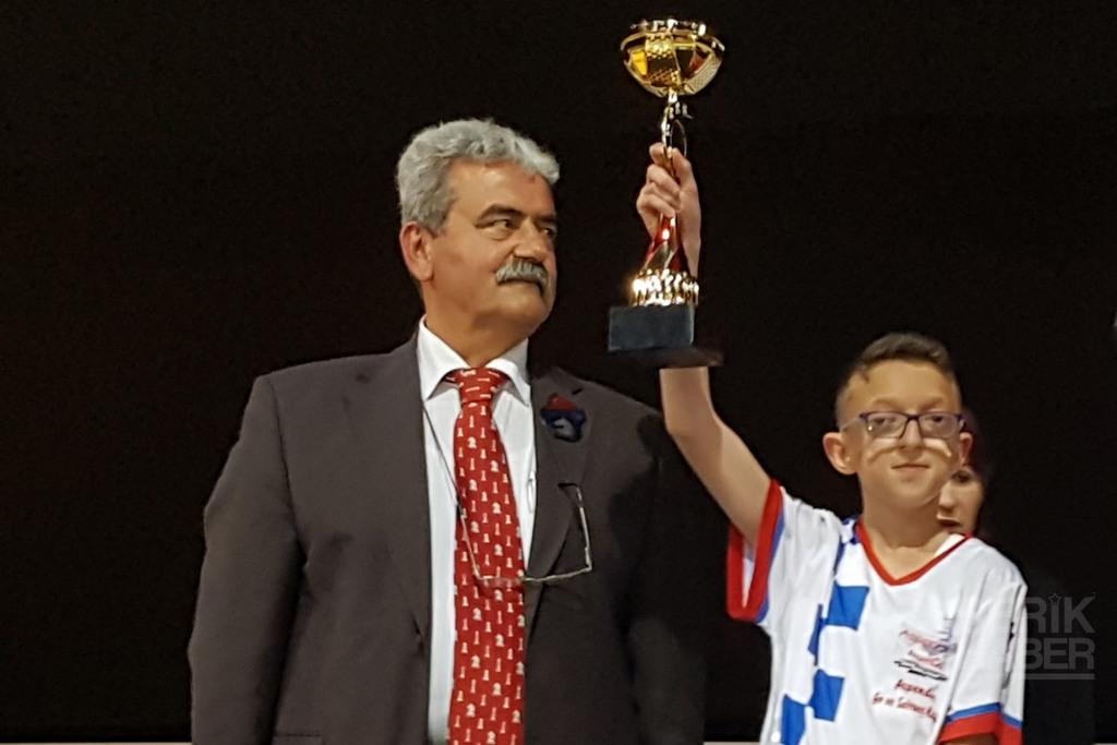 Satrançta Antalya Şampiyonu Serik'ten