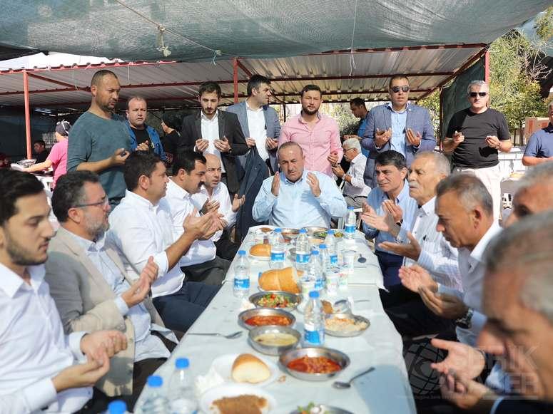 Çavuşoğlu Belek'te, Kök ailesinin Mevlidine katıldı