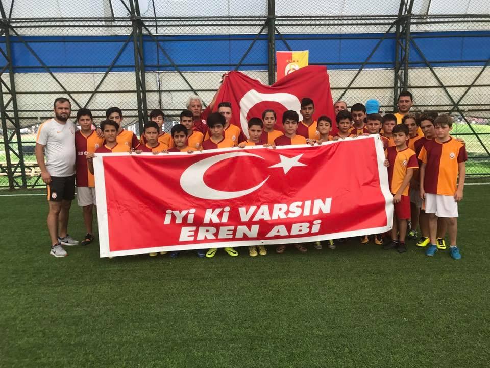 Minik Futbolcular Şehit Eren Bülbül'ü Unutmadı