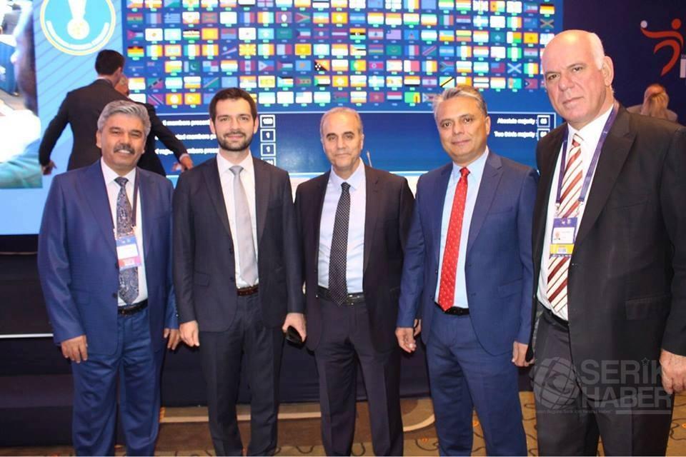 Dünya Hentbol Federasyon başkanı Hassan Moustafa güven tazeledi