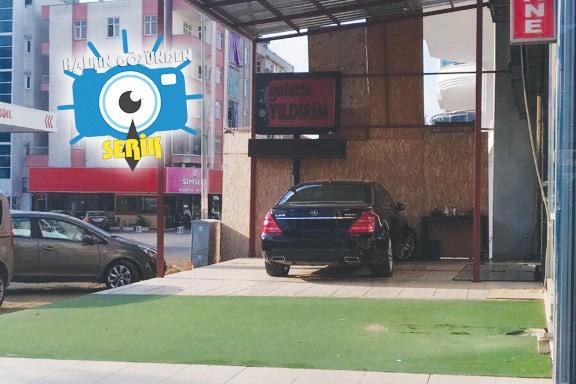 Araçlar artık kaldırımlara park ediyor
