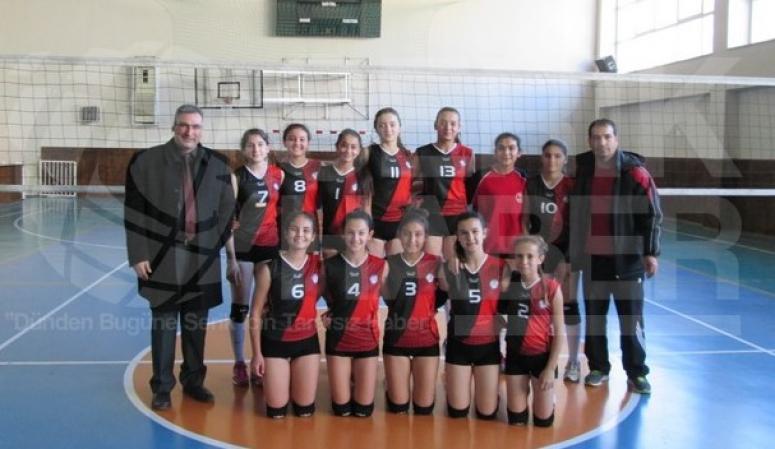 Bankoğlu Ortaokulu Antalya Üçüncüsü