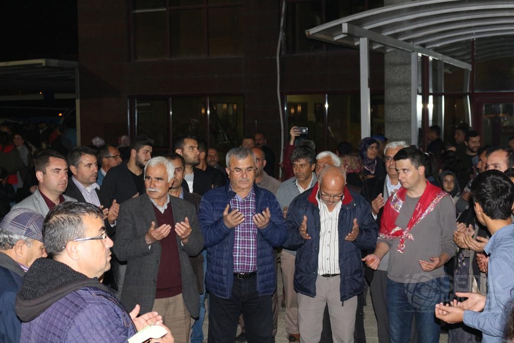 Serikli askerler davul-zurna ve dualarla uğurlandı