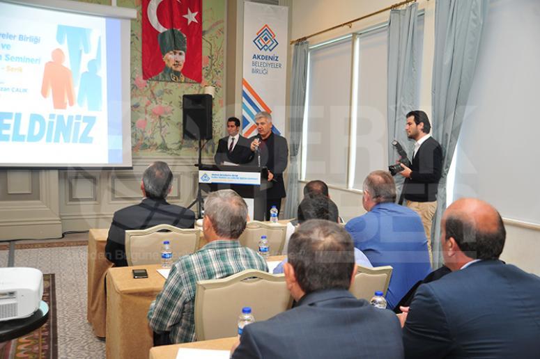 Akdeniz Belediyeler Birliği'nde eğitim semineri