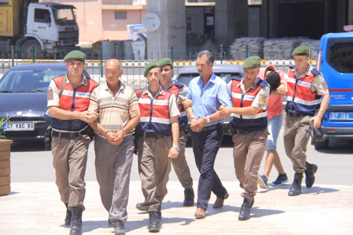 Serik'te Uyuşturucudan 3 kişi tutuklandı