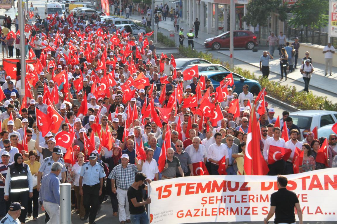 Serik'te 15 Temmuz Milli Birlik Yürüyüşü yapıldı