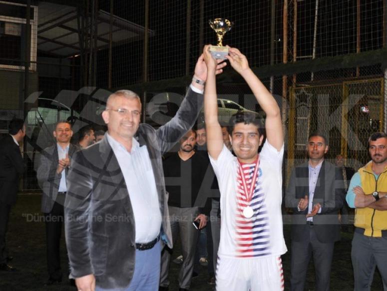 Şehit Fırat Yılmaz Çakıroğlu Futbol Turnuvası Sona Erdi