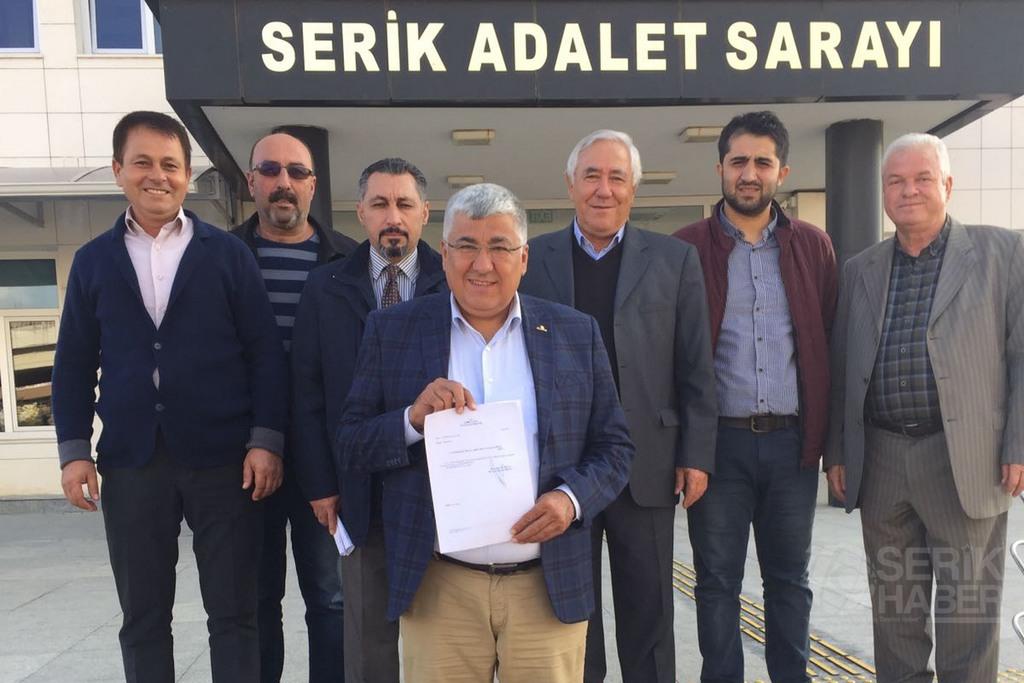 CHP İlçe Başkanı Akbaba Mazbatasını aldı